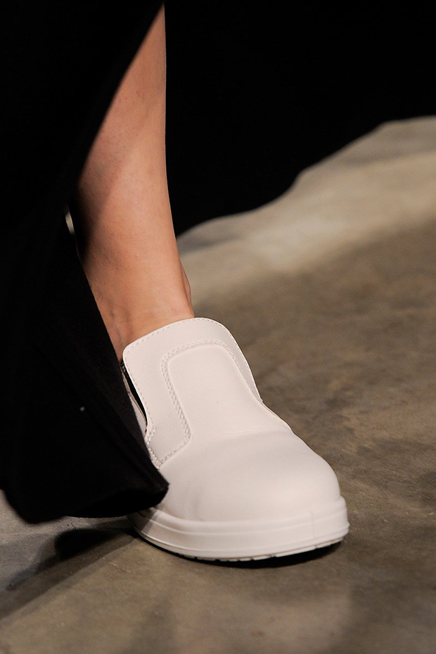 jw-anderson-rtw-fw2013-details-039_184807745390
