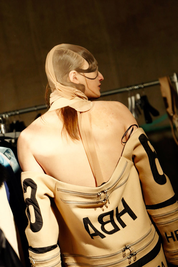 hoodbyair-backstage-detail-photo-helga-traxler